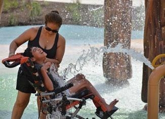 parque-acuatico-discapacidad